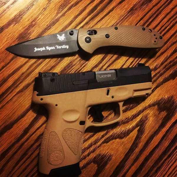 Benchmade - New knife. Thanks kyrielleiscute. #benchmade #taurus #pistol #knife #knives #edc #griptilian #fde